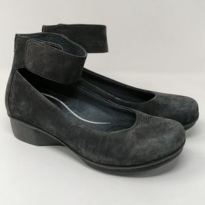 Dansko Black Suede Mary Jane Ankle Strap Size 40